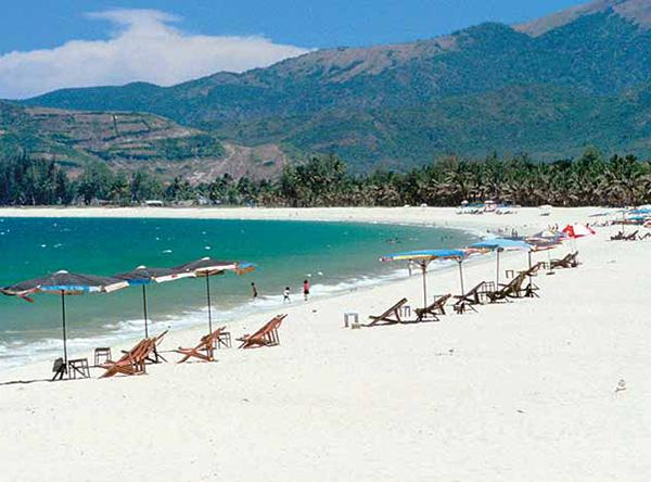 Vietnam key coastal areas to receive attention