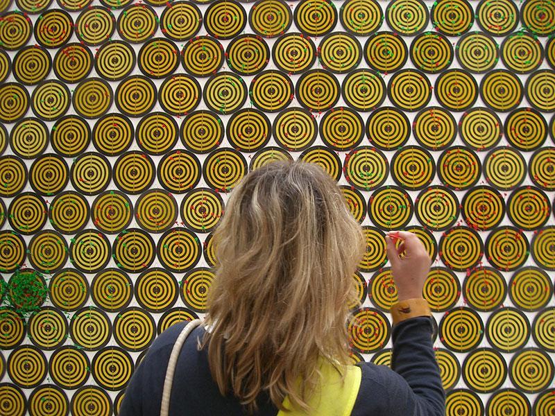 "Jacob Dahlgren: ""I, the world, things, life"". 52nd Venice Biennale, 2007."