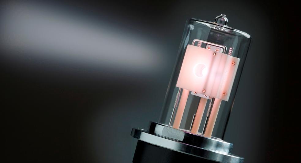 D2plus Deuterium Lamps from Heraeus provide the critical light source in Heraeus Light Modules
