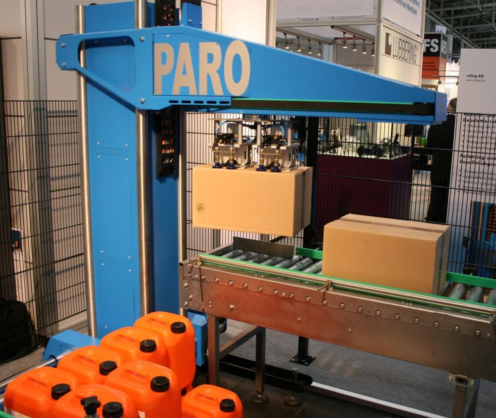 PARO robot palletises in limited space conditions