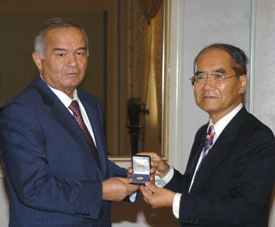 Islam Karimov and Koïchiro Matsuura