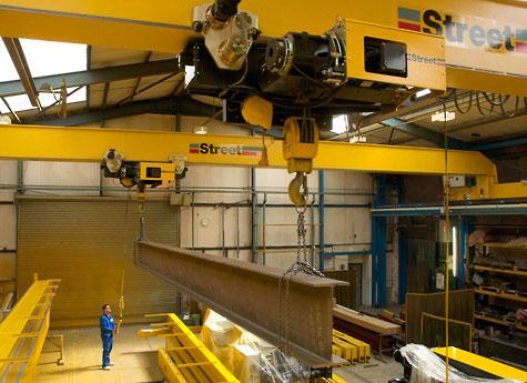 Street Crane Company, has launched a single girder hoist for safe lifting from 12.5 to 25 tonnes.