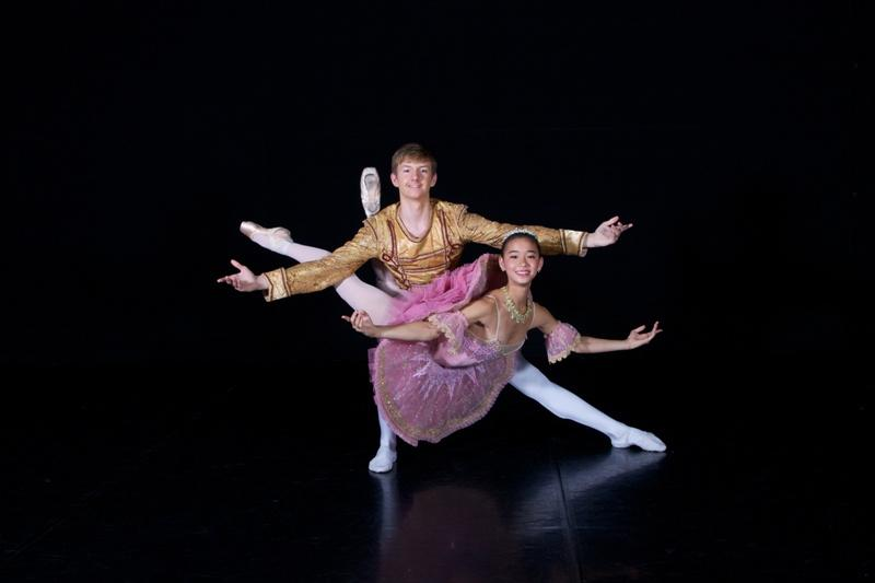 Yumi Kanazawa dances as Clara with her Nutcracker Prince John-Paul Simoens