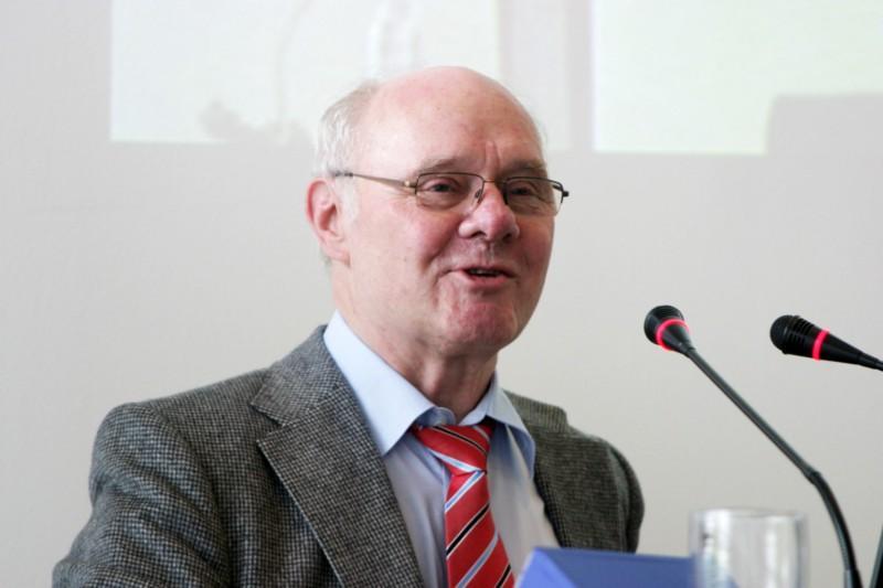 Guest at  Science College 2009: Prof. Dr. Dietrich Dörner