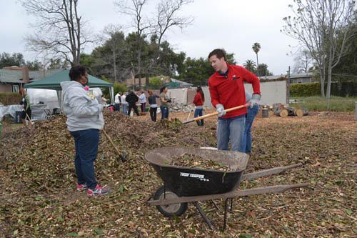 Hillsides Kids & Volunteers Build Educational Garden with
