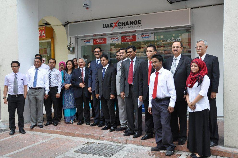 Mr. Y. Sudhir Kumar Shetty COO-Global Operations UAE Exchange inaugurating opening of the new branch in Kuala Lumpur