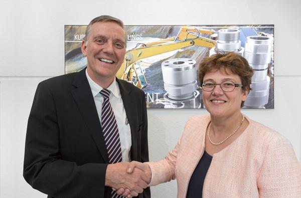 Knut Menshen (Stauff Group) with Claudia Voswinkel-Schöpp (Voswinkel)