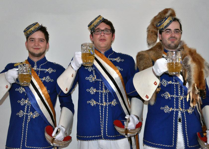 """Glanzenburger Fraternity says """"Prost"""" to their Facebook-Fans"""