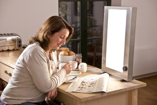 Strong light therapy box PhysioLight LD 220 can be used successfully against winter depression