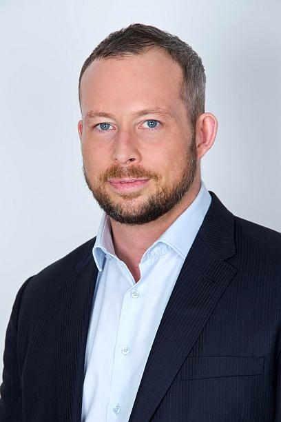 Simon Whitburn, VP International Sales at AccessData