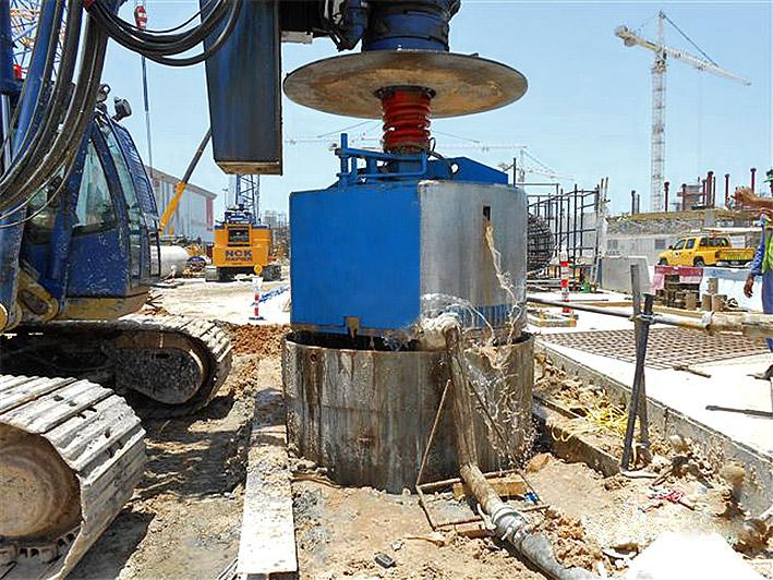 NUB Engineering drilling bucket in action.