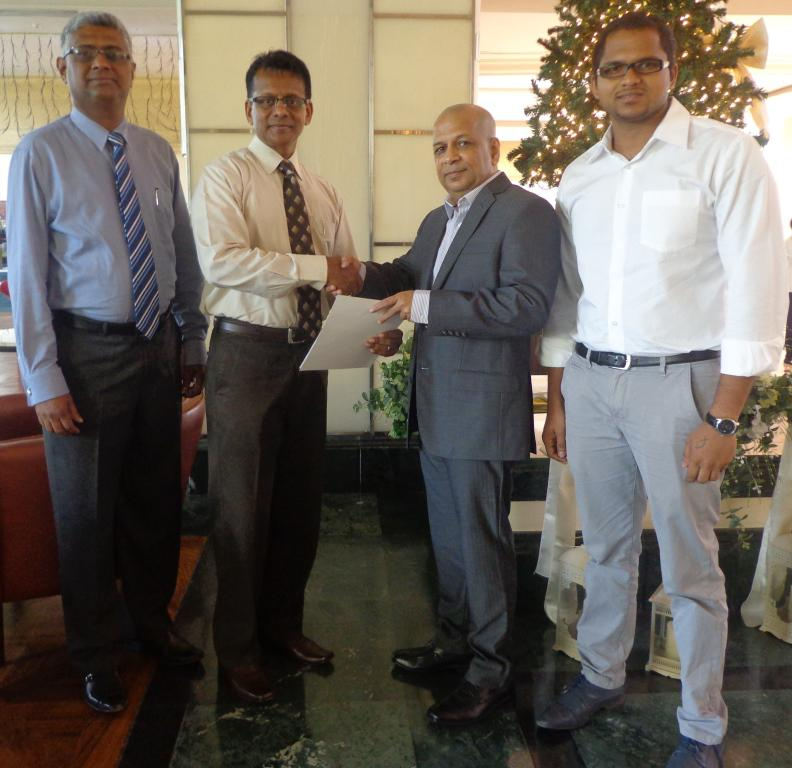 From left to right: Radley Stephen (Country Head Sri Lanka, CIMA), Bradley Emerson (Regional Director – Middle East, South Asia &