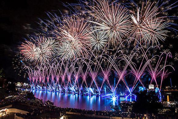 Krakow celebrated multimedia midsummer festival with light and fireworks show, Photo: © Piotr Szabłowski  / 2014, A&O Technology