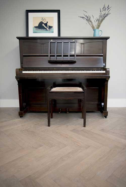 Dominica Oak Herringbone flooring