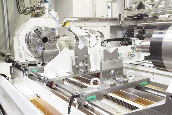 The ML500 working area with tailstock mounted three-jaw chuck on the extreme left, and self-centring steady rest.