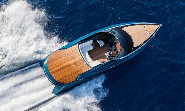 AM37 Aston Martin Powerboat by Quintessence Yachts