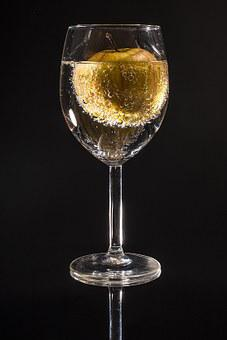 Apple Wine Market: Leading Fermented Alcoholic Beverages made