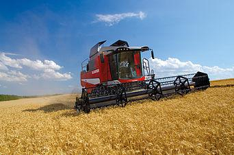 Corn Combine Harvester Machine