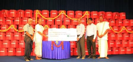 Akshaya Patra Receives Cheque