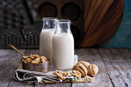 Global Walnut Milk Sales Market 2017 - Chengde Lulu, Yili,