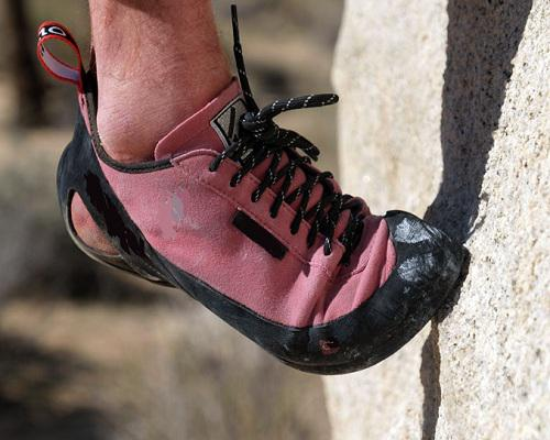 Global Climbing Shoes Market Manufacturers with Supply Chain,