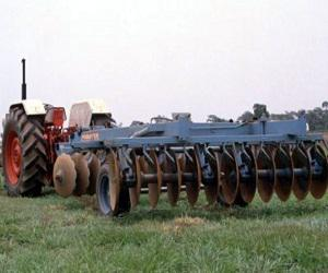 Global Agricultural Harrowing Machine Market