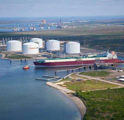 Planned Liquefied Natural Gas (LNG) Global Market 2017 - Shell