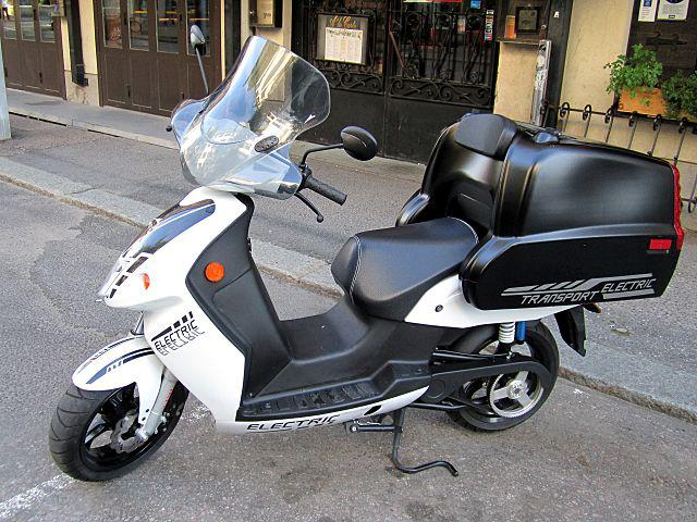 Automotive Electric Motorcycle and Scooter