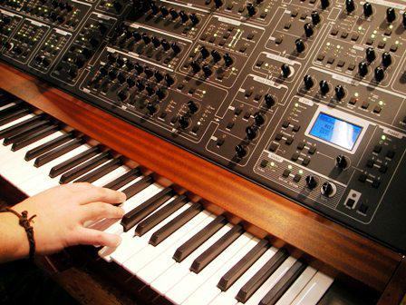 Global Industry of Electronic Musical Instruments Market