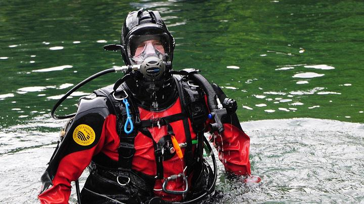 Diver Safety Market