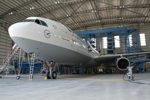 Global Aircraft Hangar Market Analysis By 2022 - AECOM, Alaska