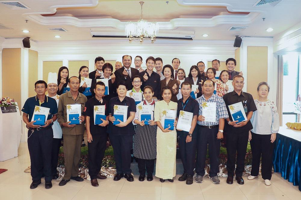 Royal Cliff Hotels Group Awards Exceptional and Long-Serving