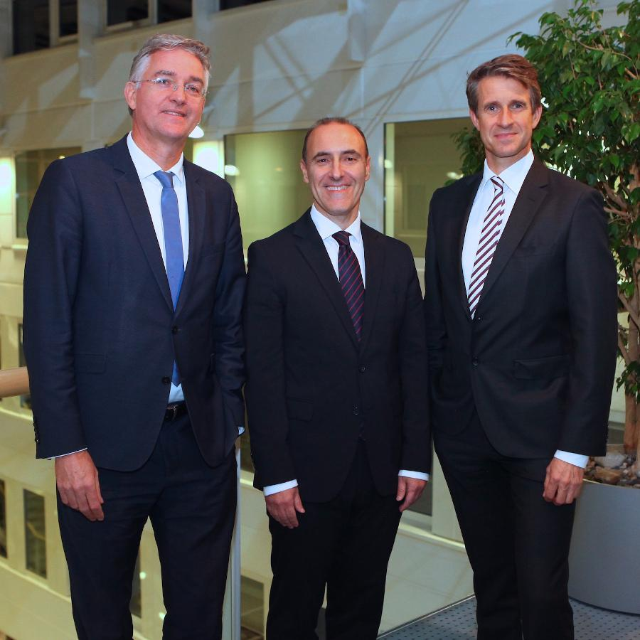 From left to right: Martin Seeger, Prof. Dr. Adriano Freire and Stefan Quandt together at the presentation event at Lahmeyer.
