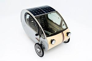 Off-Grid Solar Car has no need to be recharged