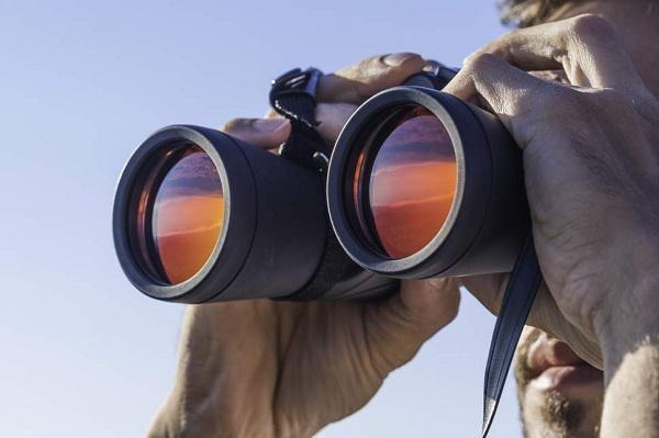 Binoculars Market
