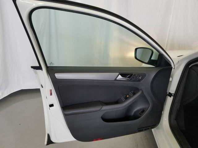 Automotive Door Glass Market