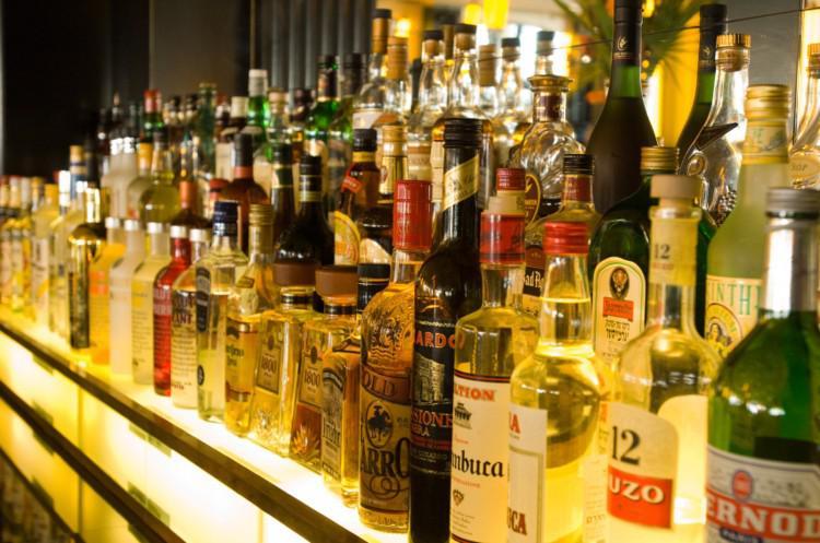 Alcoholic Beverages Market
