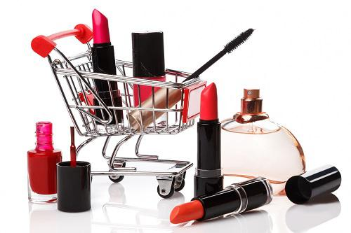 Global Cosmetic Industry Analysis Report Projecting $648.31