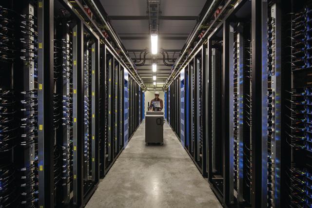 Global Cloud Computing Data Center IT Asset Disposition (ITAD)