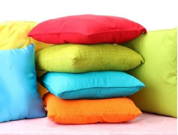 Exclusive Throw Pillows Market Report Forecast Till 2026 Analysis - By Key Players John Cotton, Paradise Pillow, Magniflex, Comfy