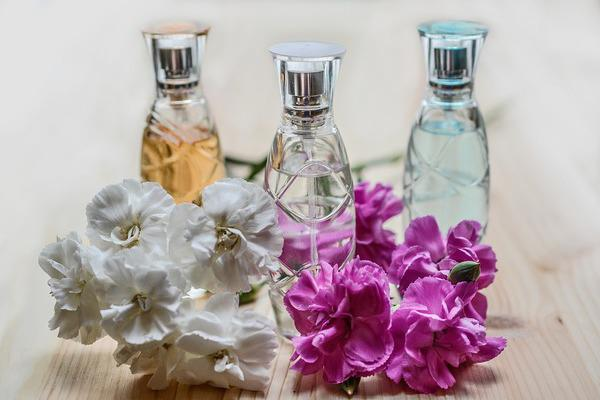 Cosmetic Fragrance Market