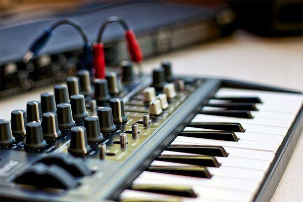 Electronic Musical Instruments Market