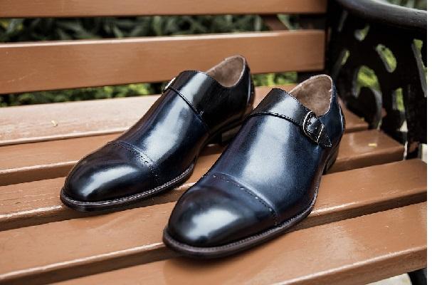 Luxury Footwear Market