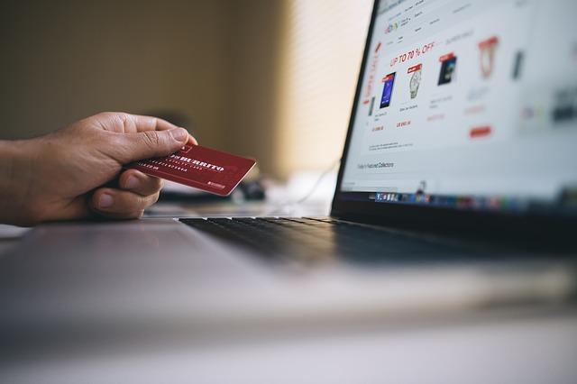 AI (Artificial Intelligence) in E-Commerce Market