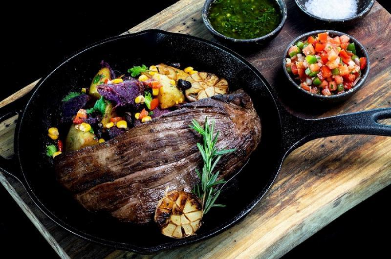 Horizon Rooftop Restaurant & Bar, Hilton Pattaya Presents