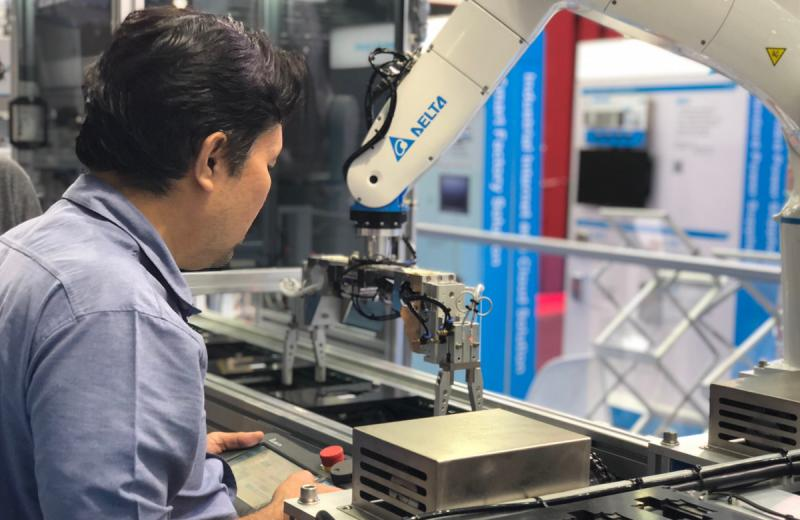 Delta SCARA Robot's Role in Your Manufacturing
