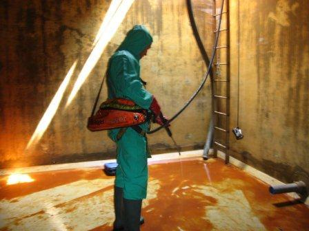 Oil Tank Cleaning