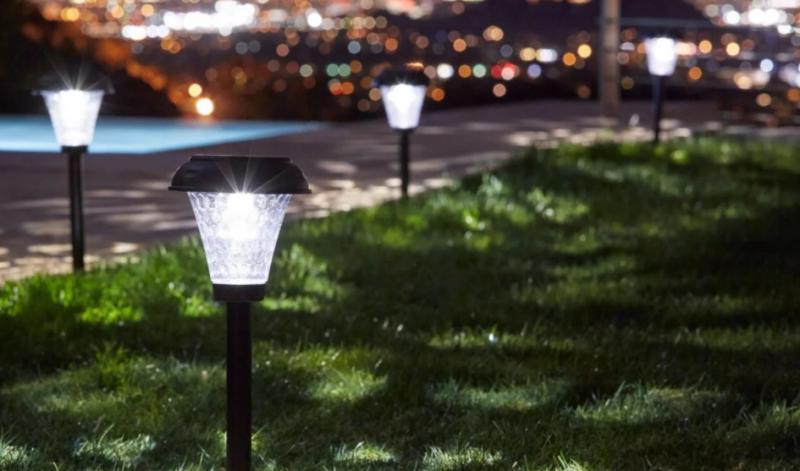 Outdoor Solar Light Market Size, Share, Development by 2024