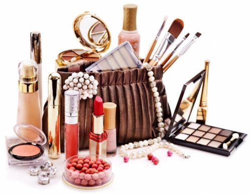 Online Beauty and Personal Care Products Market: Competitive
