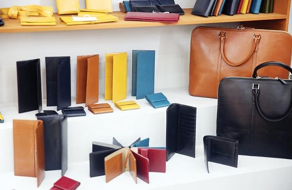Leather Wallet Market is poised to grow at a CAGR of 6.2% during